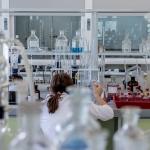 travail dans un labo